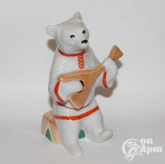 "Скульптура ""Медведь с балалайкой"""